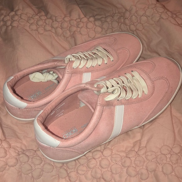best loved 2e9b2 f0b16 ASOS light pink adidas-type lifestyle sneakers NWT